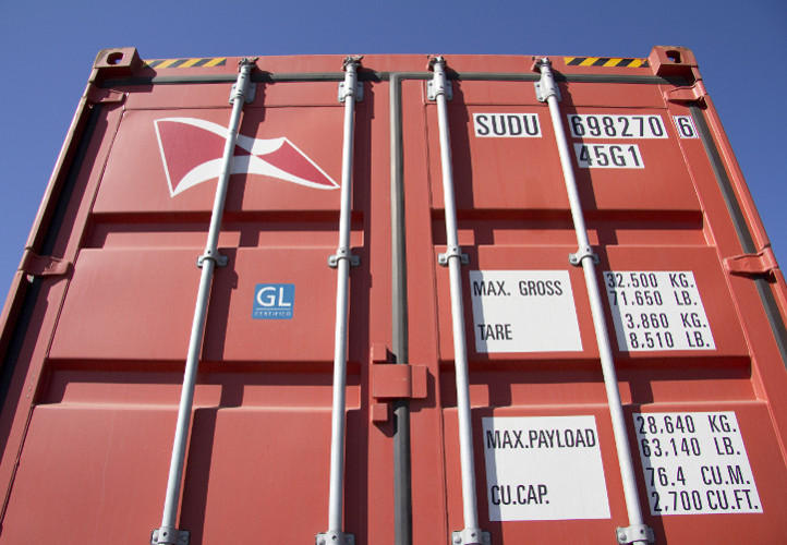 Martin Transports International is shipping containers from Port of Los Angeles to Rotterdam, Bremerhaven and more